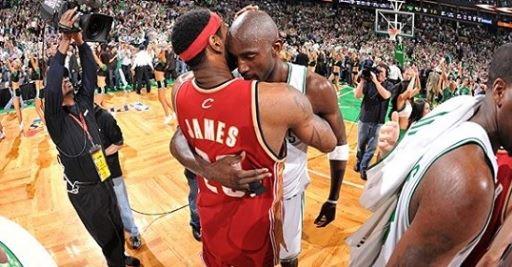 別讓忠誠傷害了你!NBA著名事件:KG當年為什麼要告訴詹姆斯這句話?-Haters-黑特籃球NBA新聞影音圖片分享社區